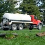 septic-tank-pumpin-vacuum-truck